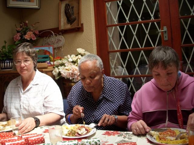 2012-seniors-lunch-20-640x480