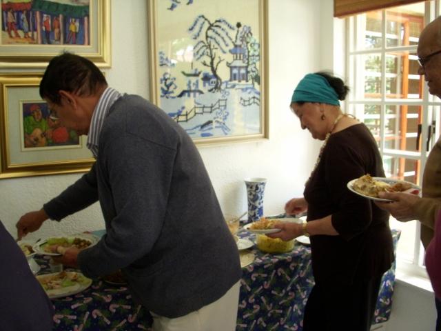 2012-seniors-lunch-32-640x480