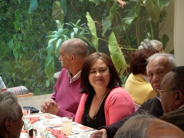 2012-seniors-lunch-8-640x480