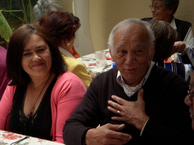 2012-seniors-lunch-9-640x480