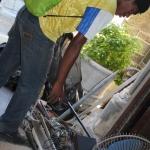 Cleaning Day ~ Homeless folks scoring scrap metal ~ 5 April 2014 (2) (427x640)