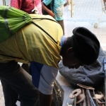 Cleaning Day ~ Homeless folks scoring scrap metal ~ 5 April 2014 (3) (427x640)