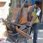 Cleaning Day ~ Homeless folks scoring scrap metal ~ 5 April 2014 (5) (427x640)