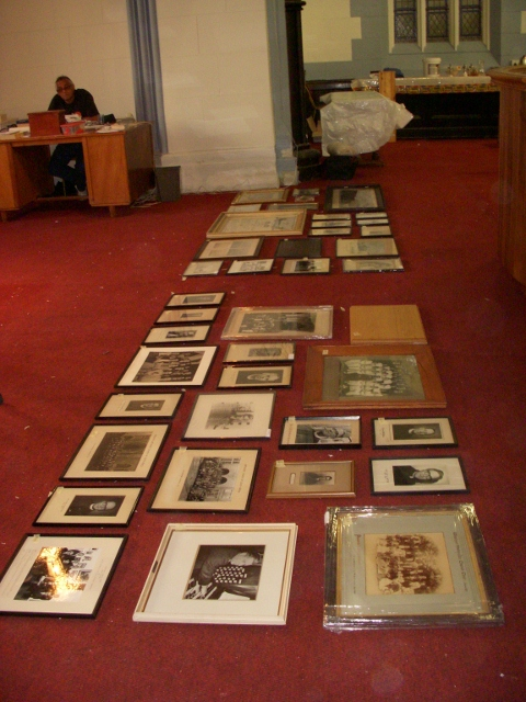 arranging-memorabilia-for-hanging-19-may-2011-480x640