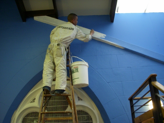 final-touches-by-the-painters-19-may-2011-121-640x480