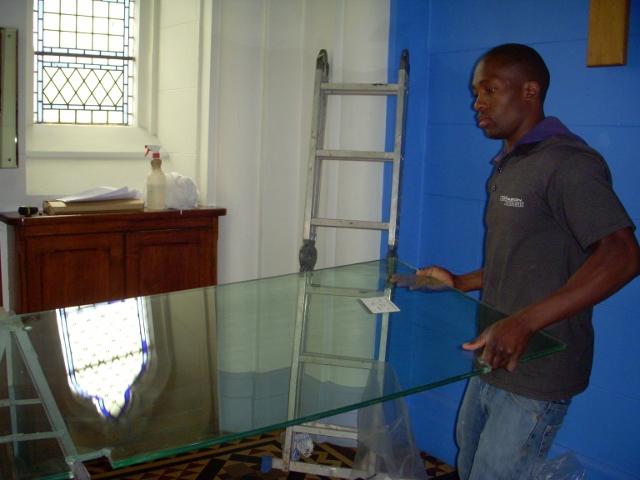 longmarket-street-glass-doors-21-october-2011-12-640x480