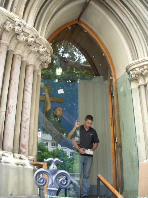 longmarket-street-glass-doors-21-october-2011-14-480x640
