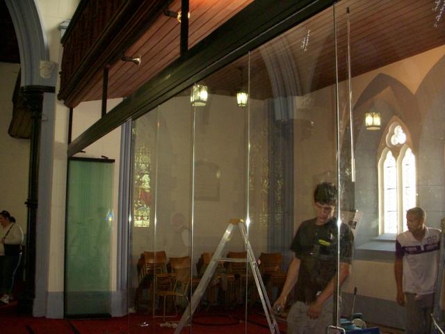 parents-area-glass-doors-2-640x480