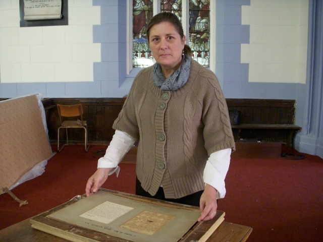 sandra-prosalendis-with-john-wesley-letter-ready-for-display-19-may-2011-139-640x480