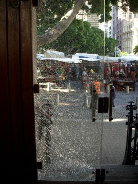 shattered-glass-door-on-longmarket-street-5-480x640