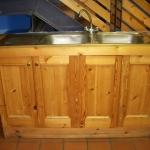 kitchen-sink-old-640x480