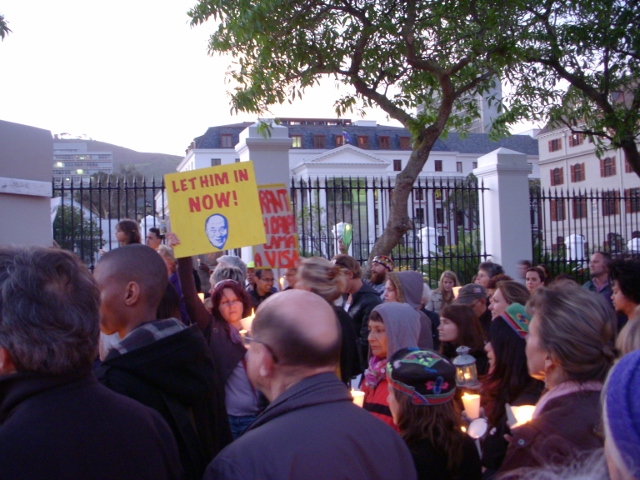 dalai-lama-vigil-3-october-2011-29