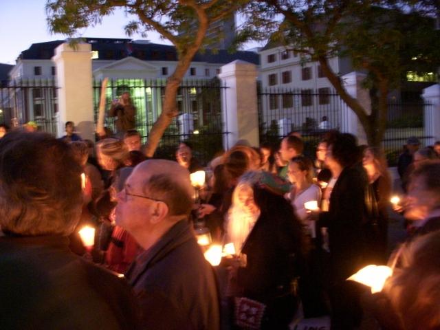dalai-lama-vigil-3-october-2011-35