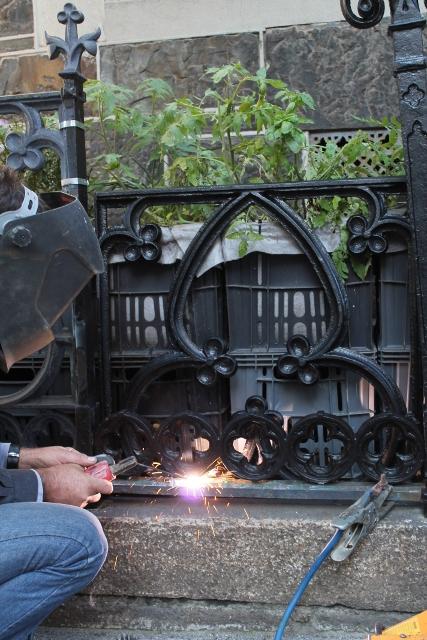Restoring the Railings ~ July 2014 (61) (427x640).jpg