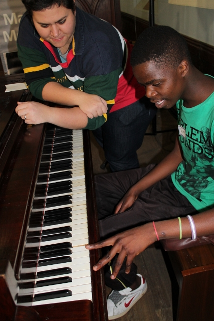 Piano Lessons with Anthea (1) (427x640).jpg
