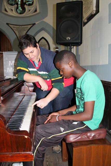 Piano Lessons with Anthea (2) (427x640).jpg