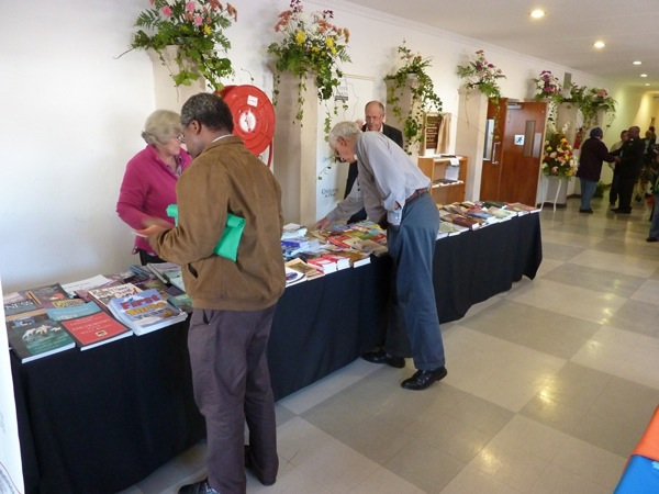 synod-may-2011-book-table-pic-32