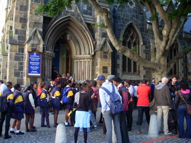 ndifuna-ukwazi-meeting-16-june-2012-33-640x480