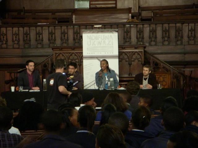 ndifuna-ukwazi-meeting-16-june-2012-54-640x480